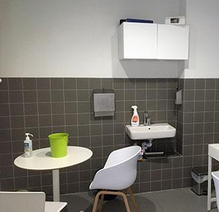 travaux de plomberie dans une salle de bain d'appartement à Marseille